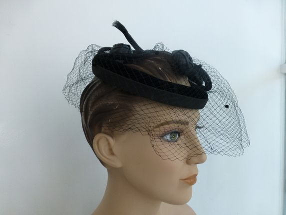 details for website for discount new authentic Vintage 1950's Velvet Fascinator Hat | Fabulous 40's and ...