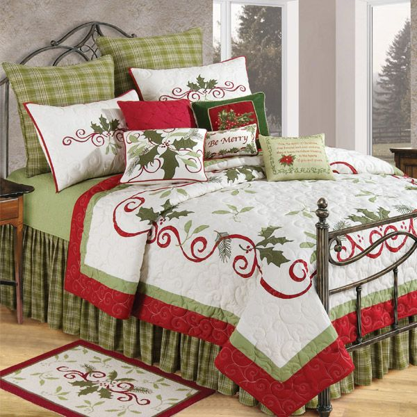 Christmas Quilts - Holiday Bedding