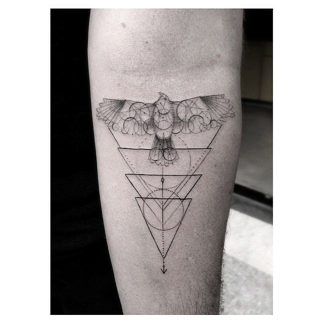 The Unique Tattoo Trend Taking Over Instagram | Geek ...