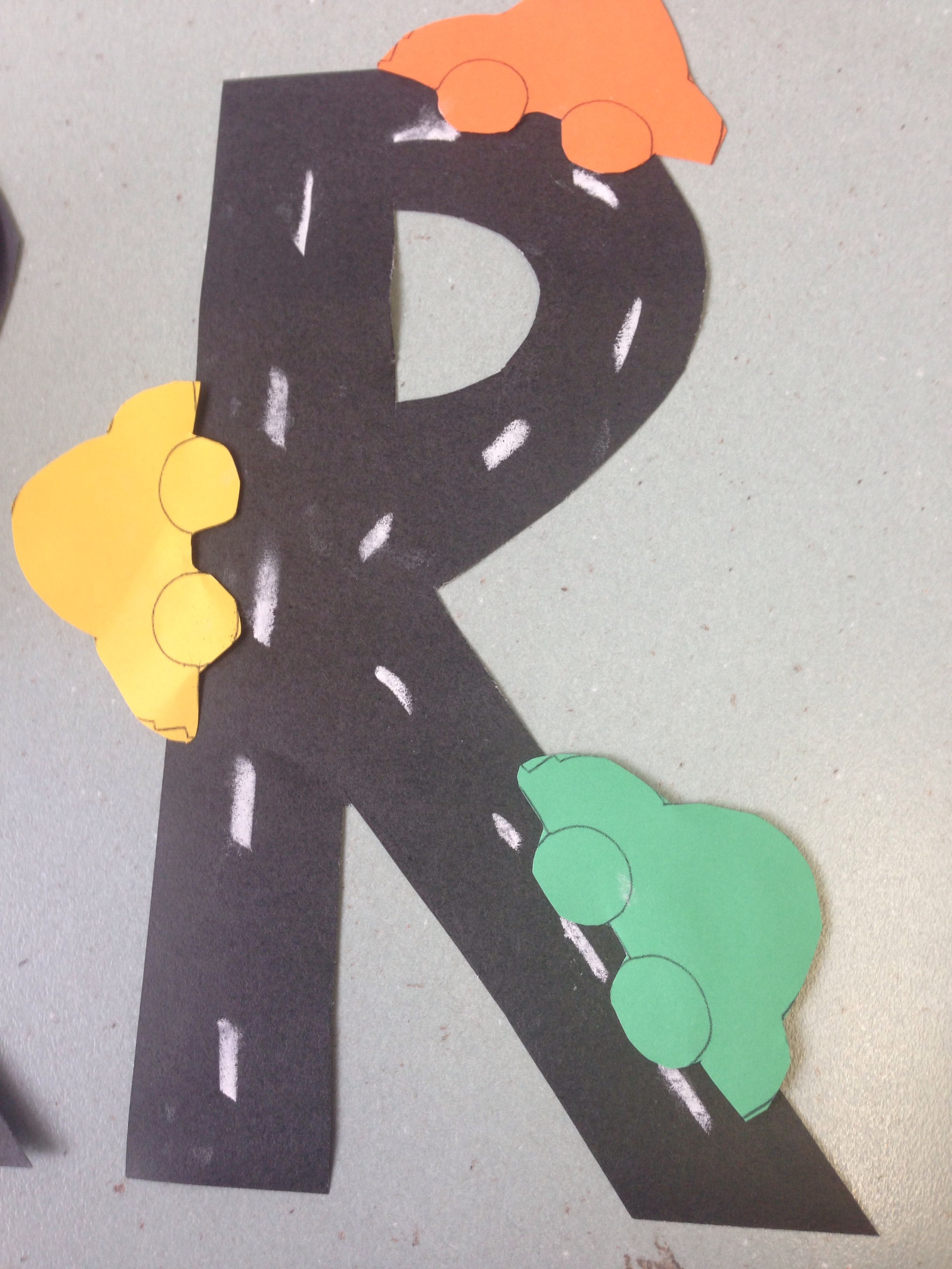 Letter Of The Week R Plus Free R Is For Robot Printable