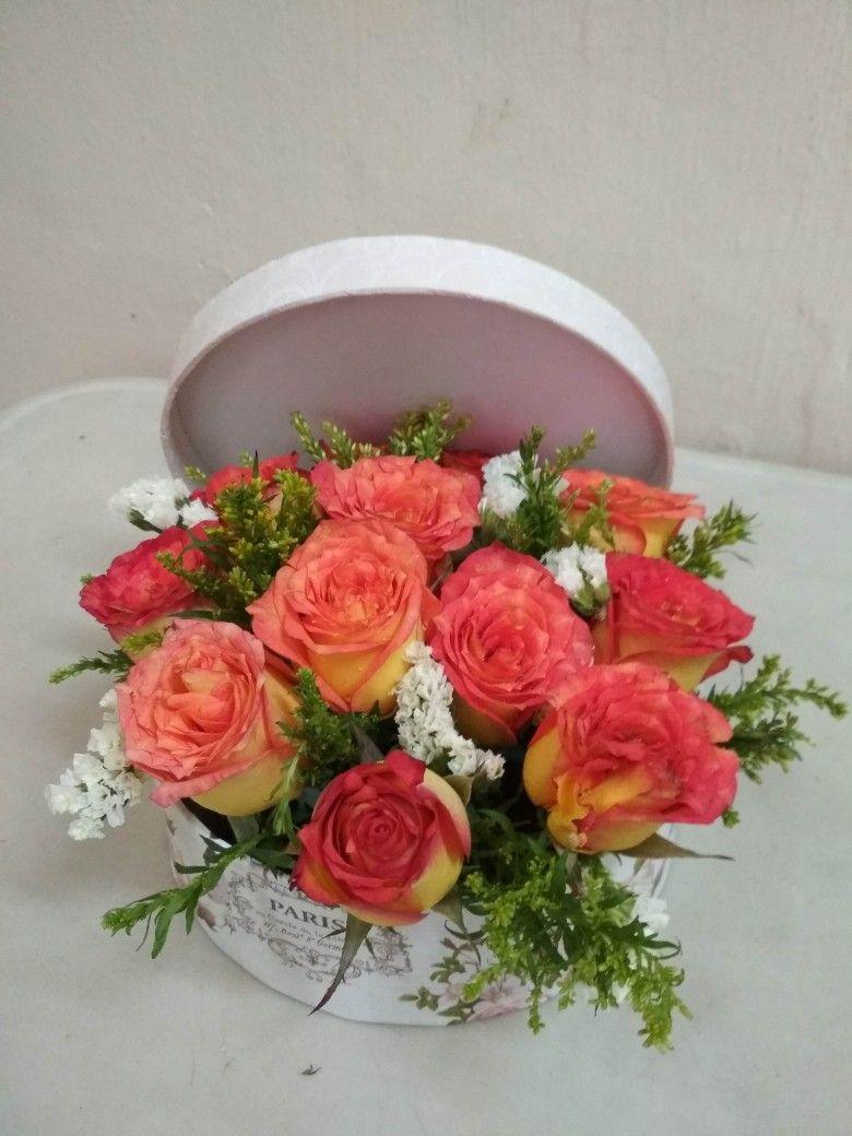 Pingl par sandra flores sur arreglos florales pinterest compositions florales composition - Faire ses compositions florales ...