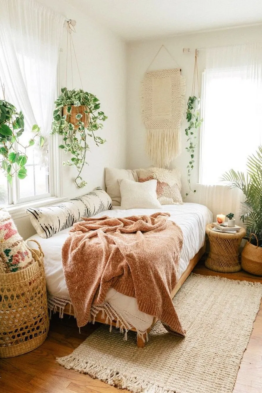 30 Simple Bedroom Decorating Ideas With Beautiful Color Home Decor In 2020 Guest Bedroom Office Guest Bedroom Boho Bedroom Decor