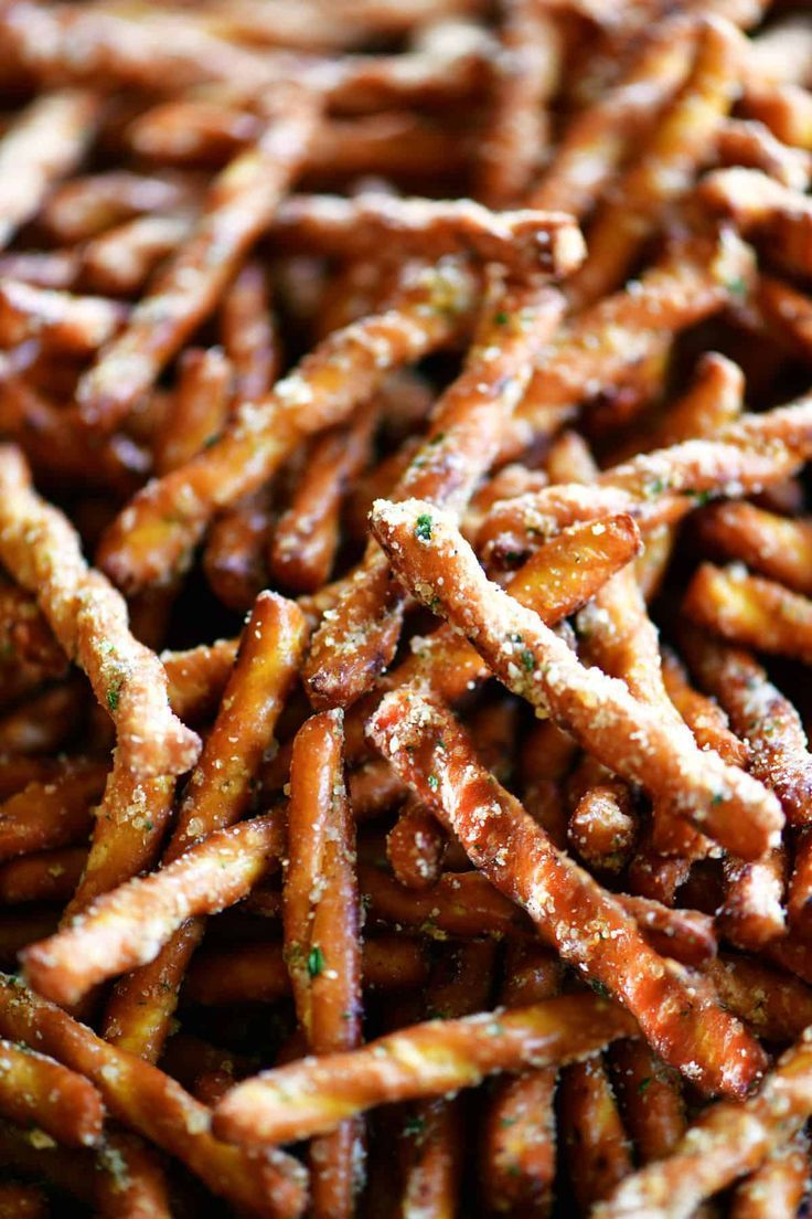 This easy Spicy Pretzels Recipe with ranch seasoning are irresistible! These seasoned pretzel sticks are crunchy, salty, and buttery. They are the perfect finger-food for parties.
