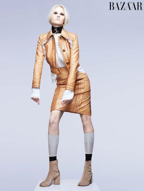 Steenbok Lara Stone in Prada.| ELLE