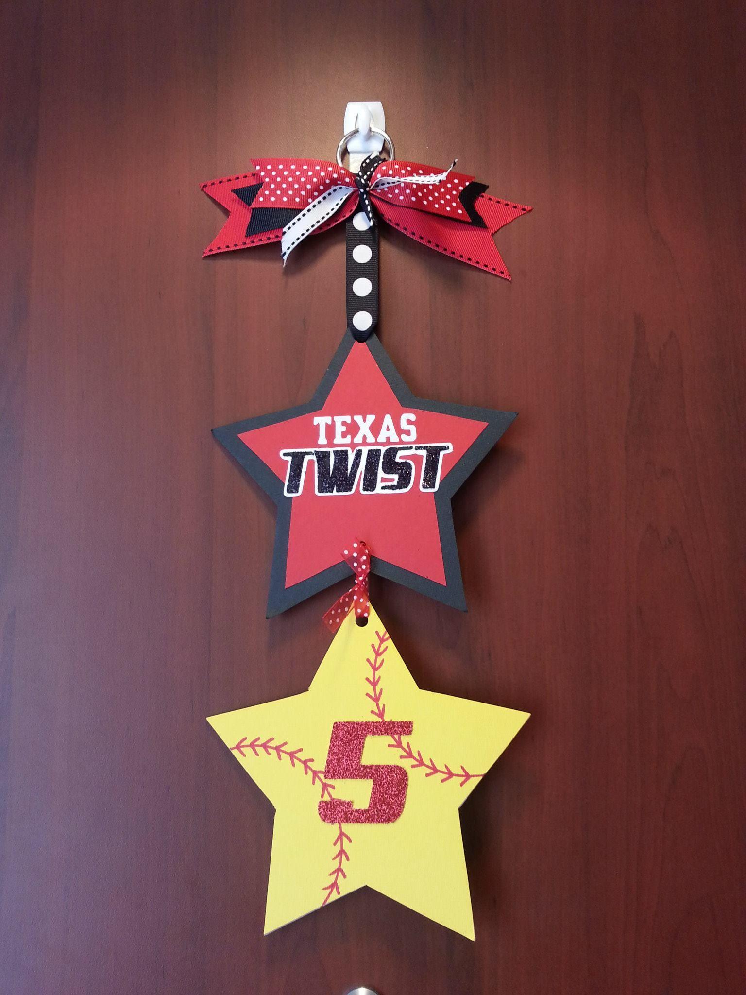 Softball hotel door sign for player signs pinterest for Hotel door decor