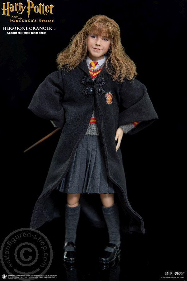 Www Actionfiguren Shop Com Hermione Granger Harry Potter Und Der Stein Der Weisen Online 1 6 Figuren U Hermine Granger Figur Harry Potter Hermine Granger