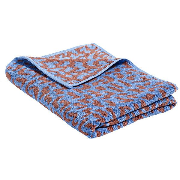 HAY 'It' Beach Towel (2.410 RUB) ❤ liked on Polyvore featuring home, bed & bath, bath, beach towels, blue, blue beach towel and pattern beach towel