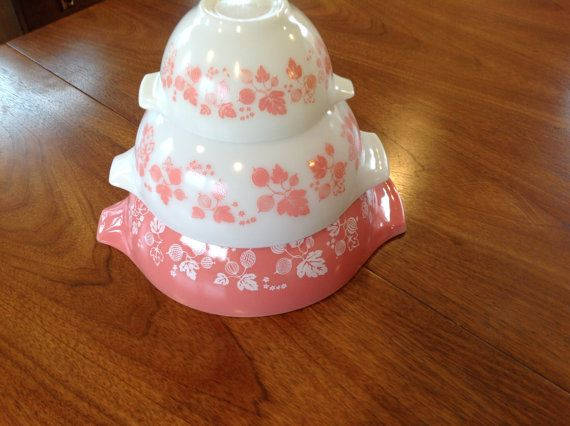3 Vintage Pink Gooseberry Pyrex Cinderella Mixing Bowls. 441, 443, 444 Very Nice Used Condition
