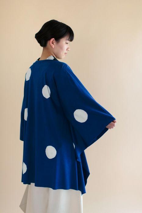 """Cotton Caplet featuring """"Shibori"""" Tie Dye by Kyoto artisan Kazuki Tabata. Available at sousouus.com #shibori #caplet #fashion #springcollection2016 #womenswear #womensfashion #kimono #japan #kyoto #sousou #textile #fabric"""