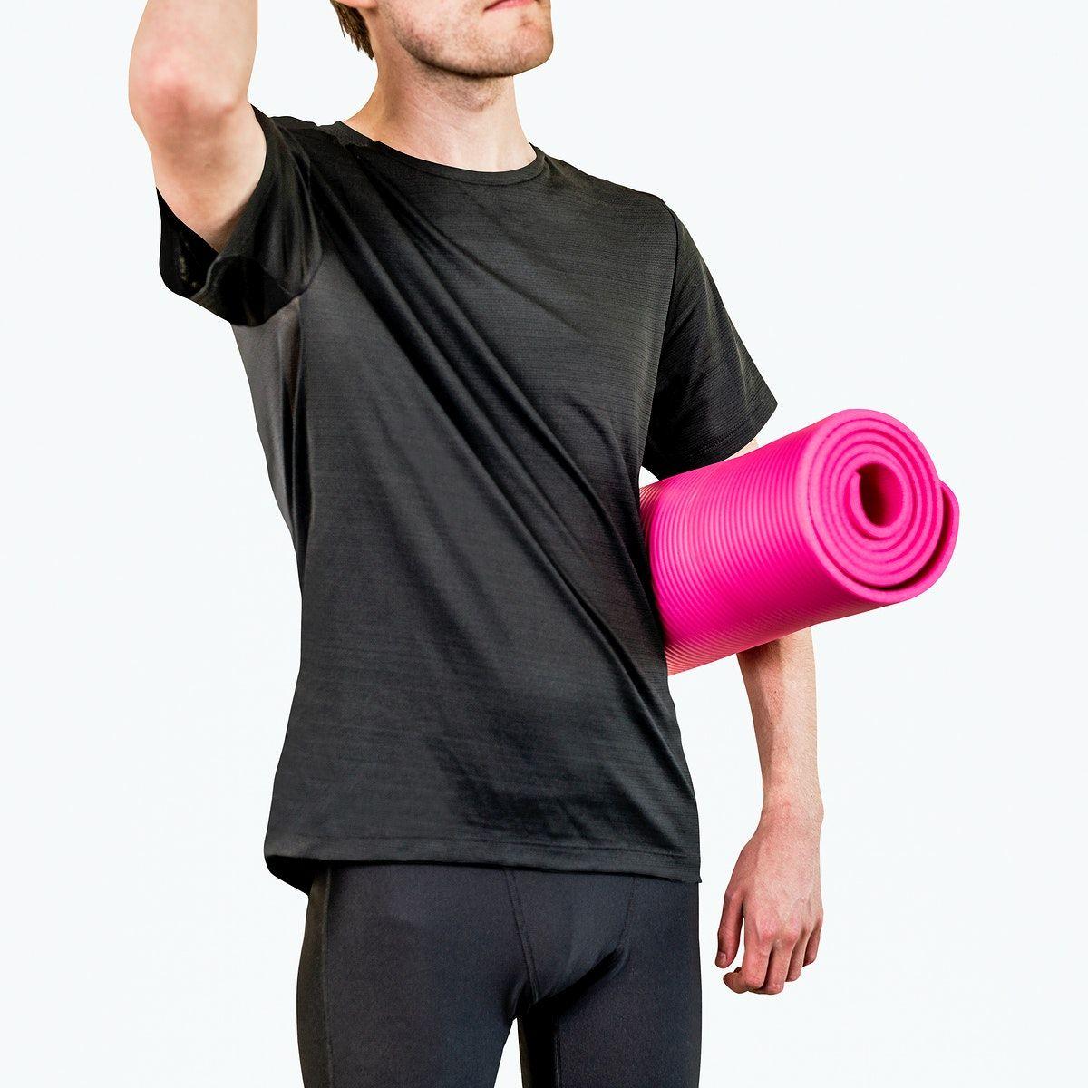 Download Download Premium Psd Of Men S Sportswear And Yoga Mat Mockup Psd Clothing Mockup Mens Sportswear Sportswear