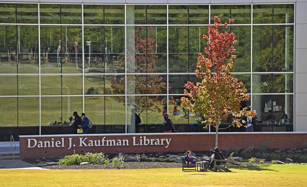 Fall on campus. Student success, Undergraduate degree