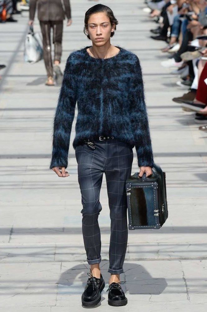 louis vuitton spring 2017 menswear fashion show fr hling. Black Bedroom Furniture Sets. Home Design Ideas