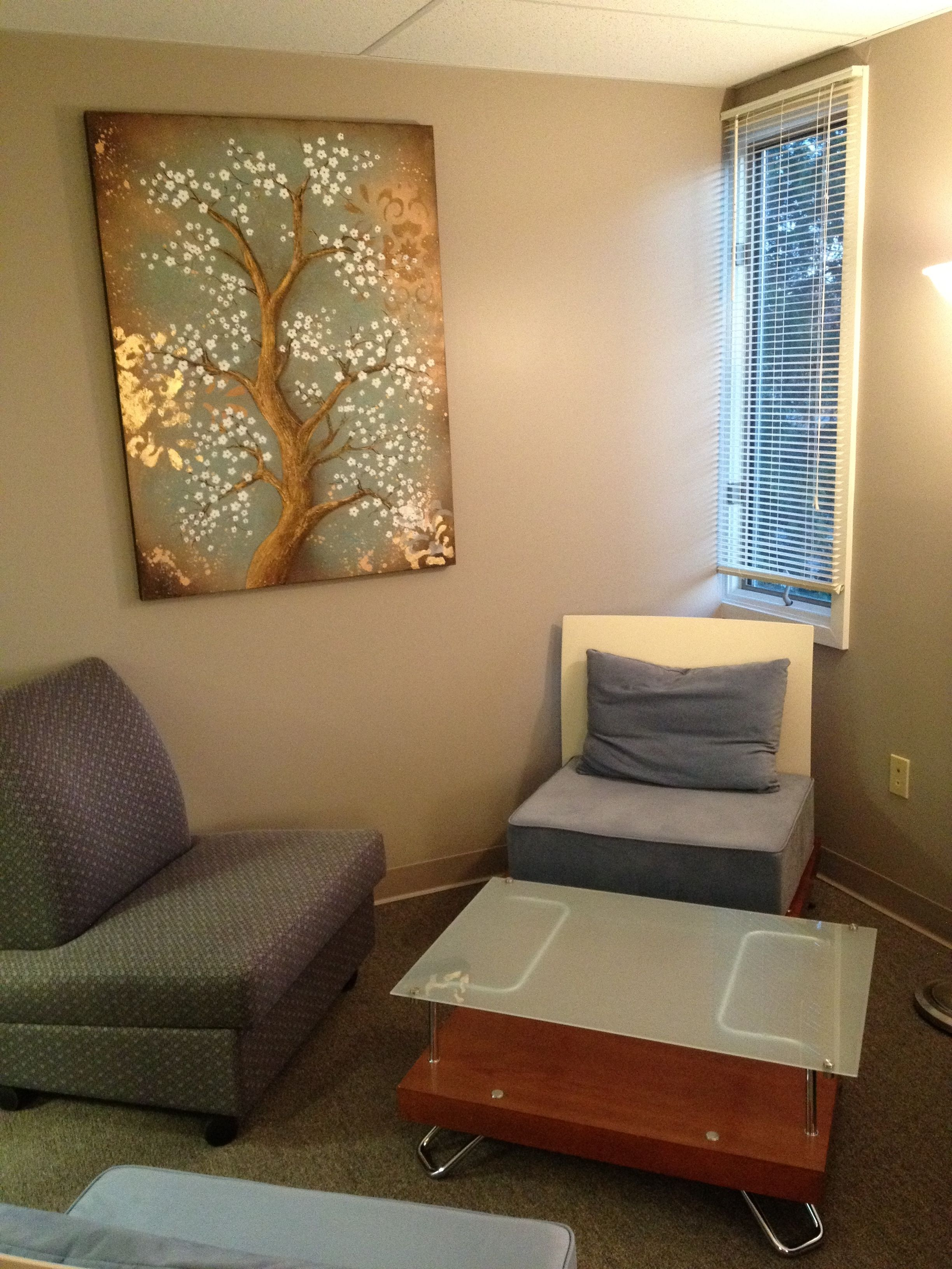Decorating ideas for therapist office decor