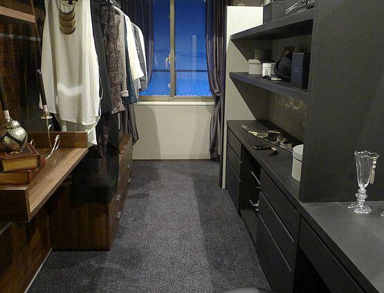 B291豊かさを感じる住まいベッドの裏にはクローゼットを設け、大人二人が住まう上質で魅力あふれる空間に。