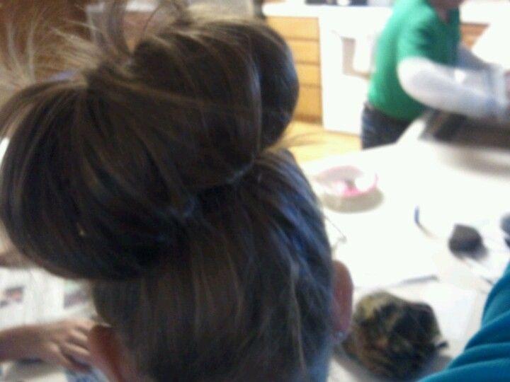 Messy buns<3