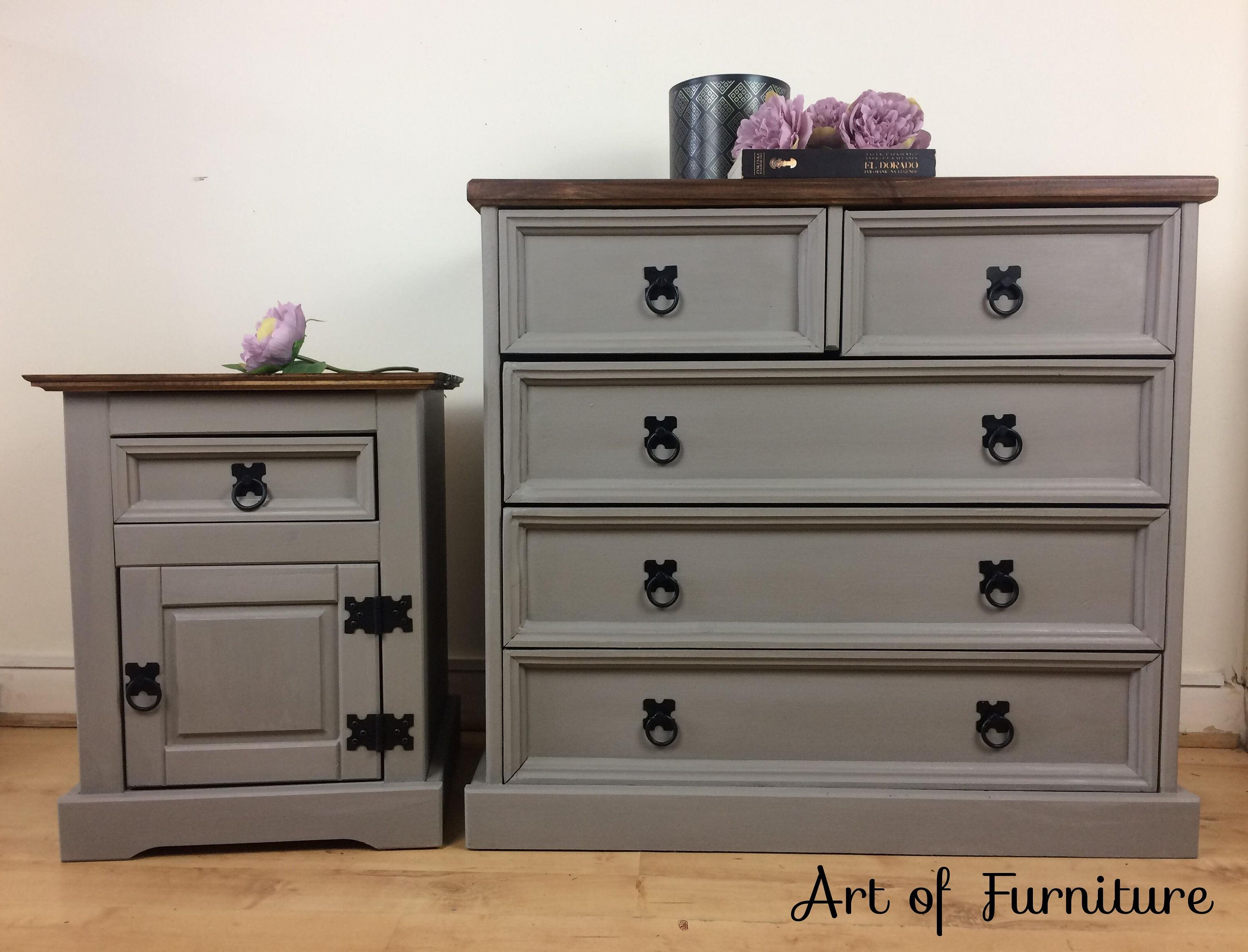 Mexican Pine Chest Of Drawers And Bedside Table Hand Painted In Annie Sloan French Painted Bedroom Furniture Pine Bedroom Furniture Bedroom Furniture Makeover