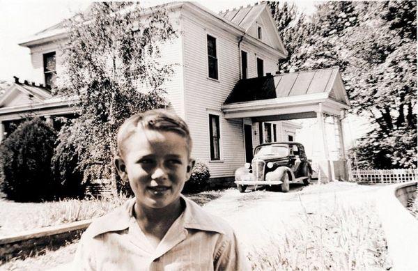 a younger James Dean