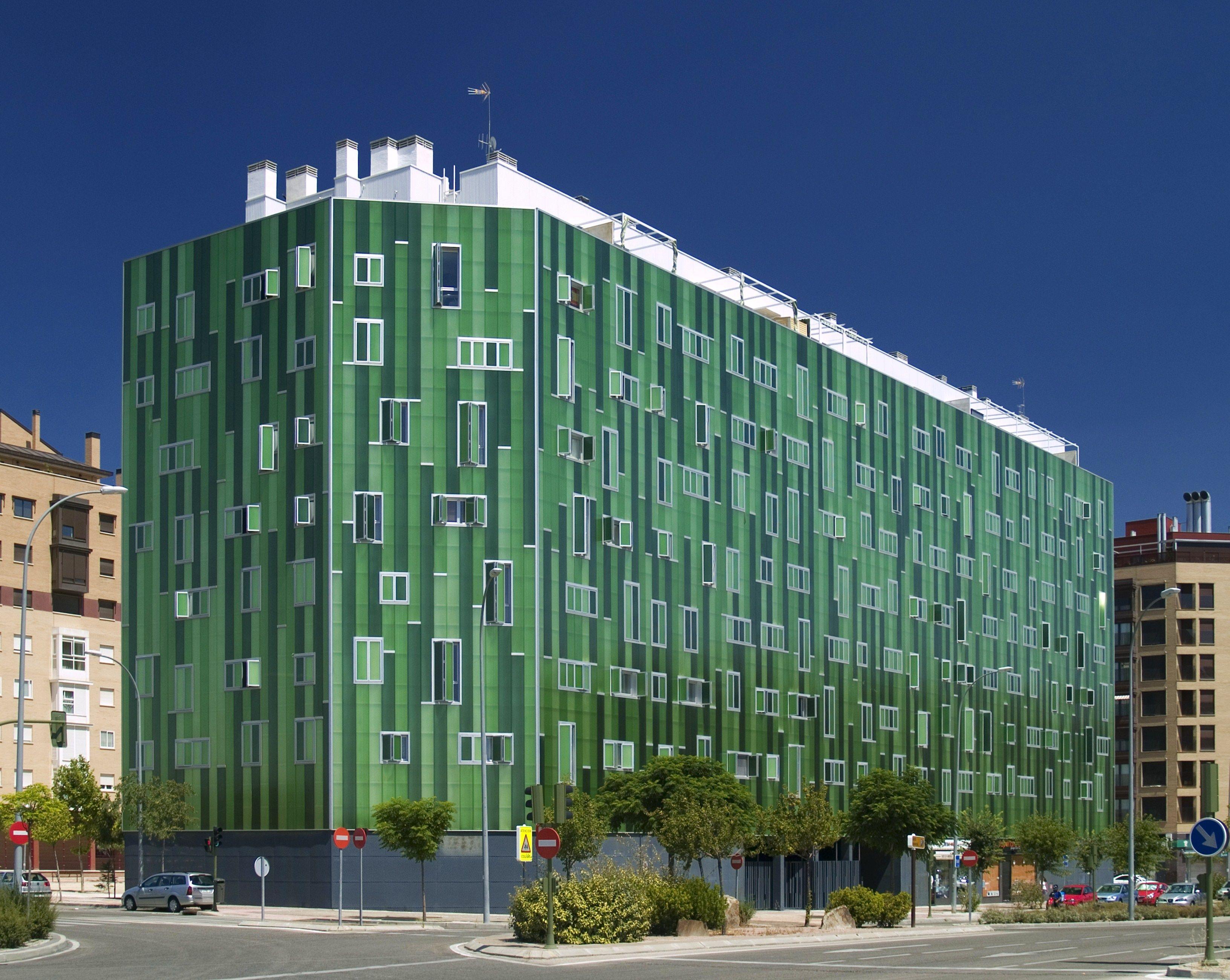 Edificio verde del pau del ensanche de vallecas - Ensanche de vallecas ...
