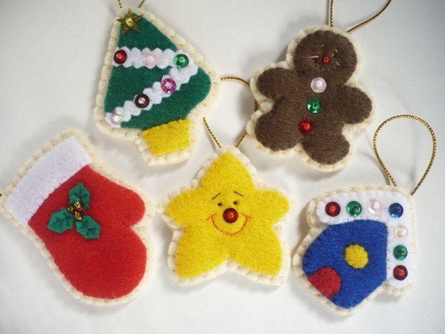Felt Christmas Ornaments - Set of 5 $1999, via Etsy X-mas