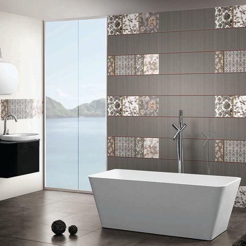 Bathroom Tiles Design India | Bathroom interior design ...