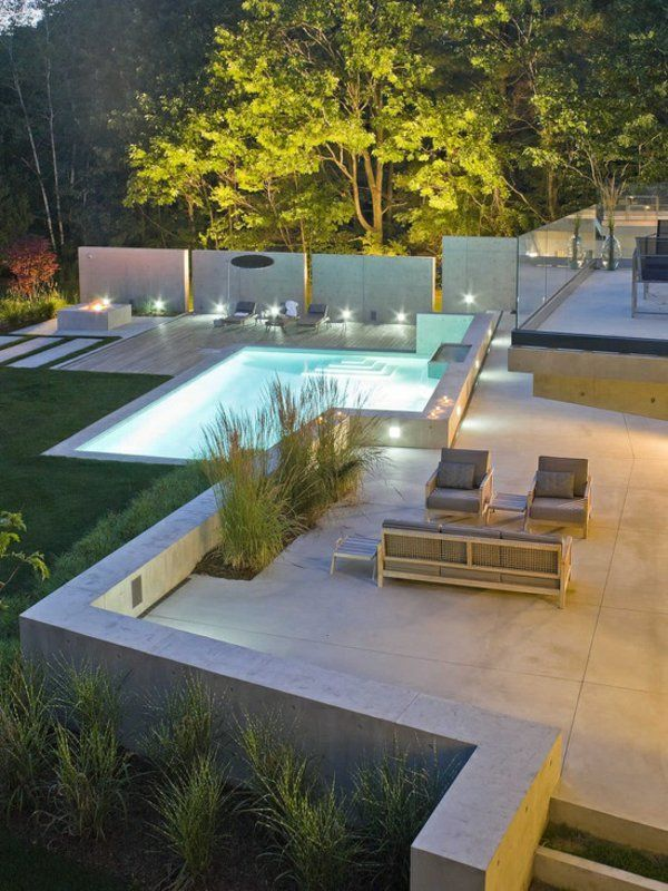 Gartengestaltung Geometrische Form Pool Zaun Plexiglas