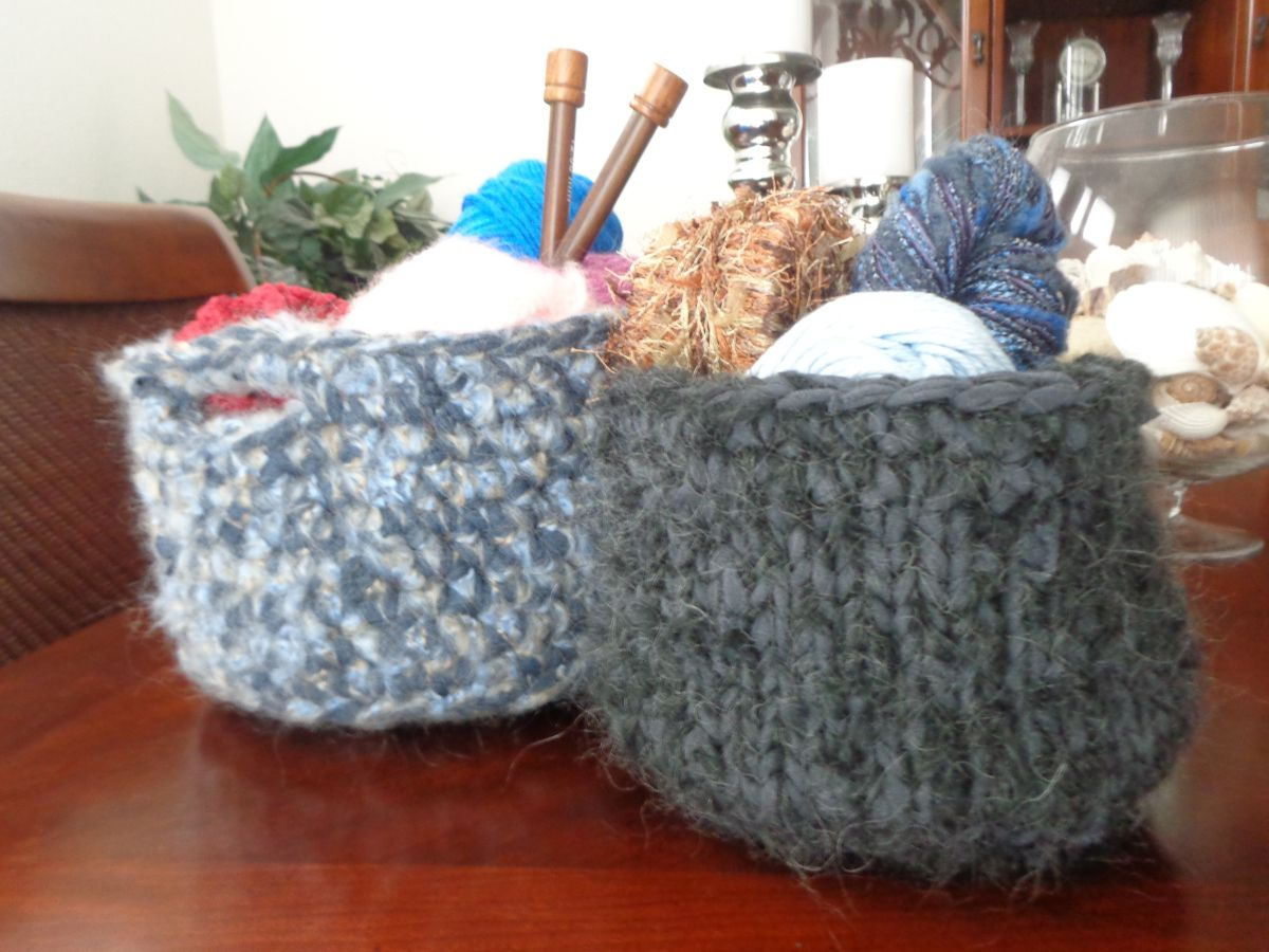 Knitting Basket Yarn : Diy t shirt yarn tarn crochet and knitted baskets