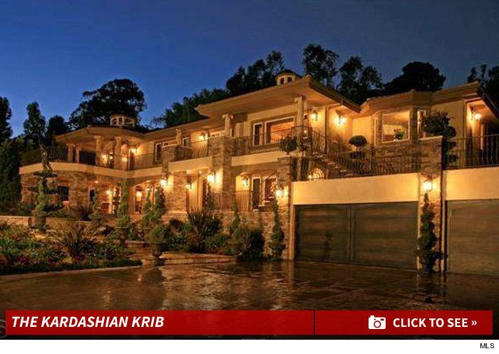 Kardashian Fake House For Sale...they Only Use Exterior For The Show...Wow  LOOK AT THE INTERIOR WAY DIFFERENT FROM KRISu0027 TASTE.