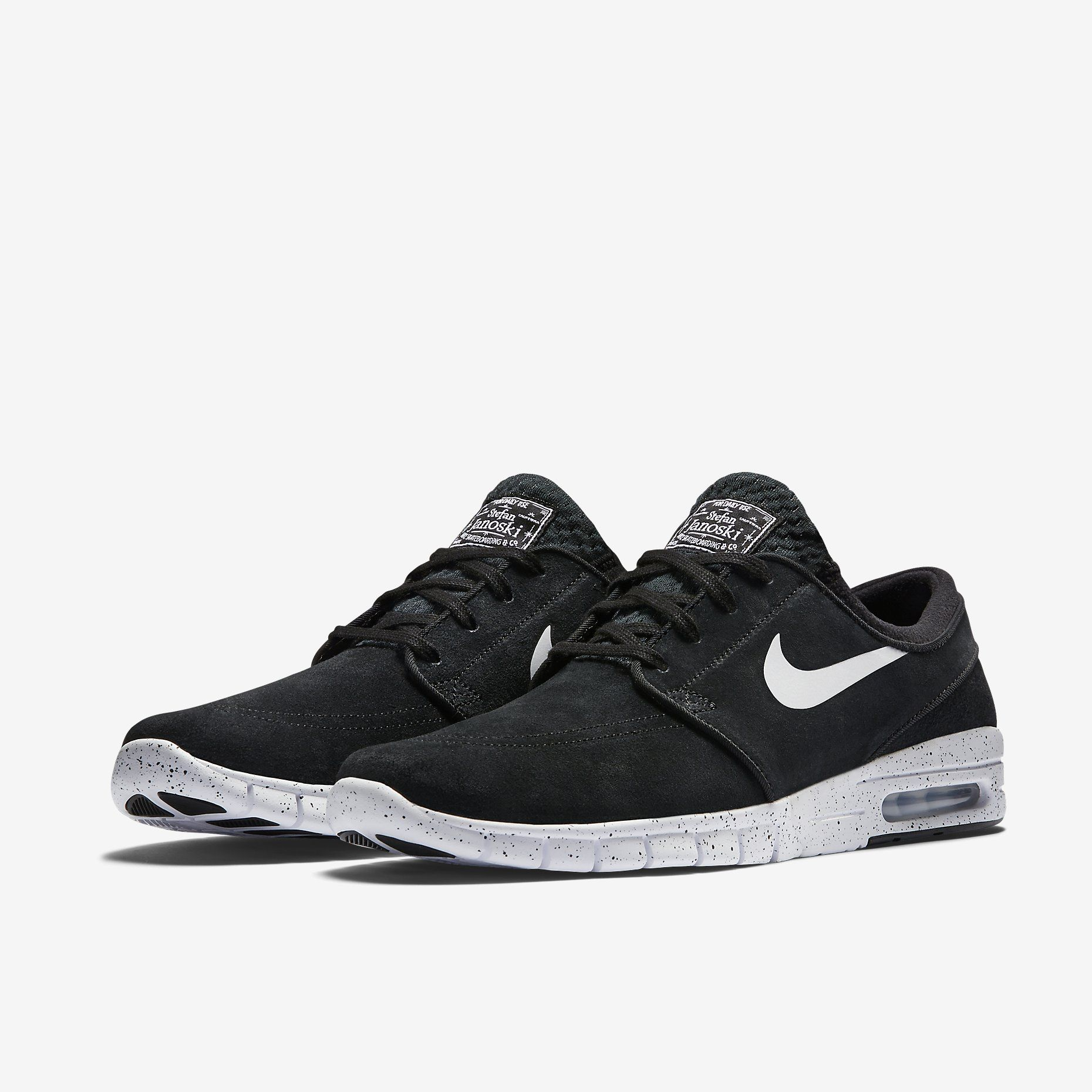 cheap for discount 2bede 8752b Nike SB Stefan Janoski Max Suede Unisex Skateboarding Shoe (Mens Sizing).  Nike Store