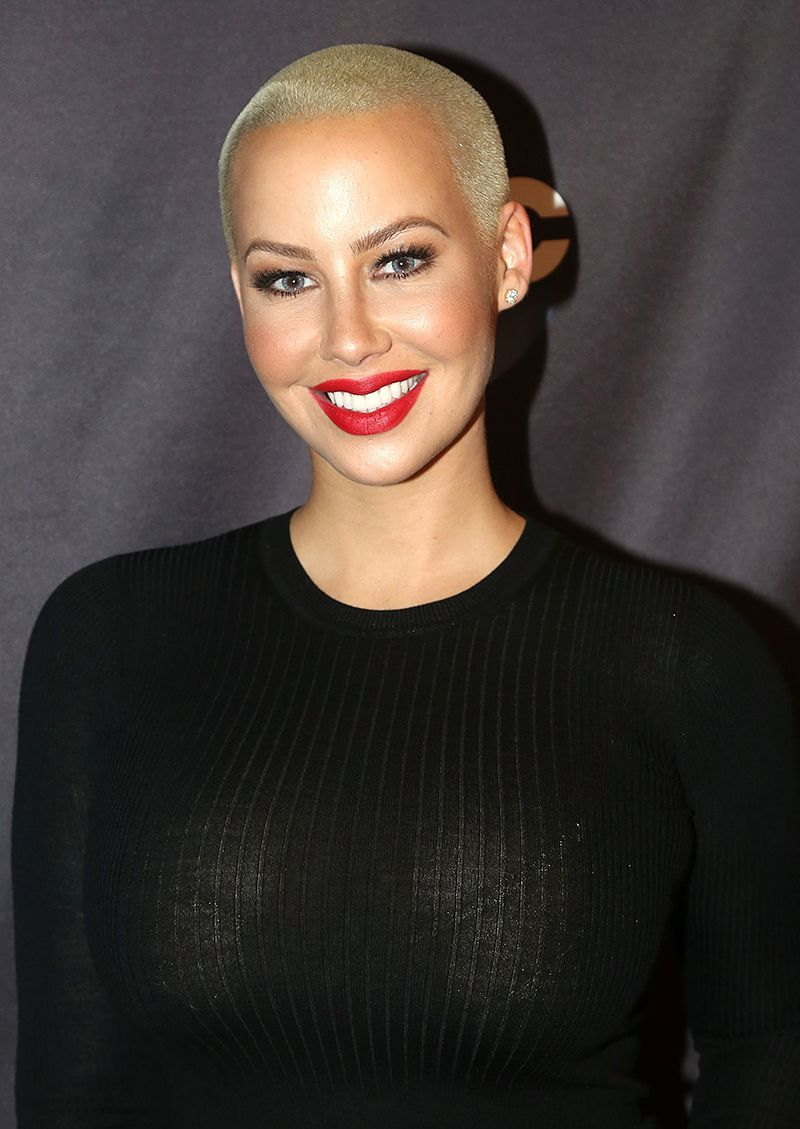 Amber Rose shows her big tits. 2018-2019 celebrityes photos leaks!