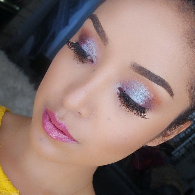Today's makeup. Rocking @maccosmetics #Dazzleshadow in #BoomBoomBoom Quite possibly my favorite eyeshadow ever! Tutorial?
