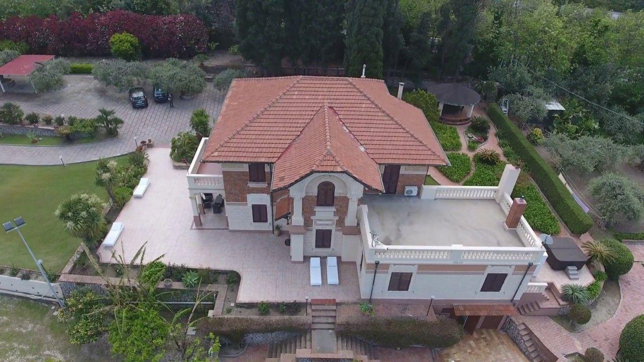 Luxusvilla Le Zagare In Sizilien. Villa Le Zagare Herrschaftliche  Luxusvilla Mit Pool ...