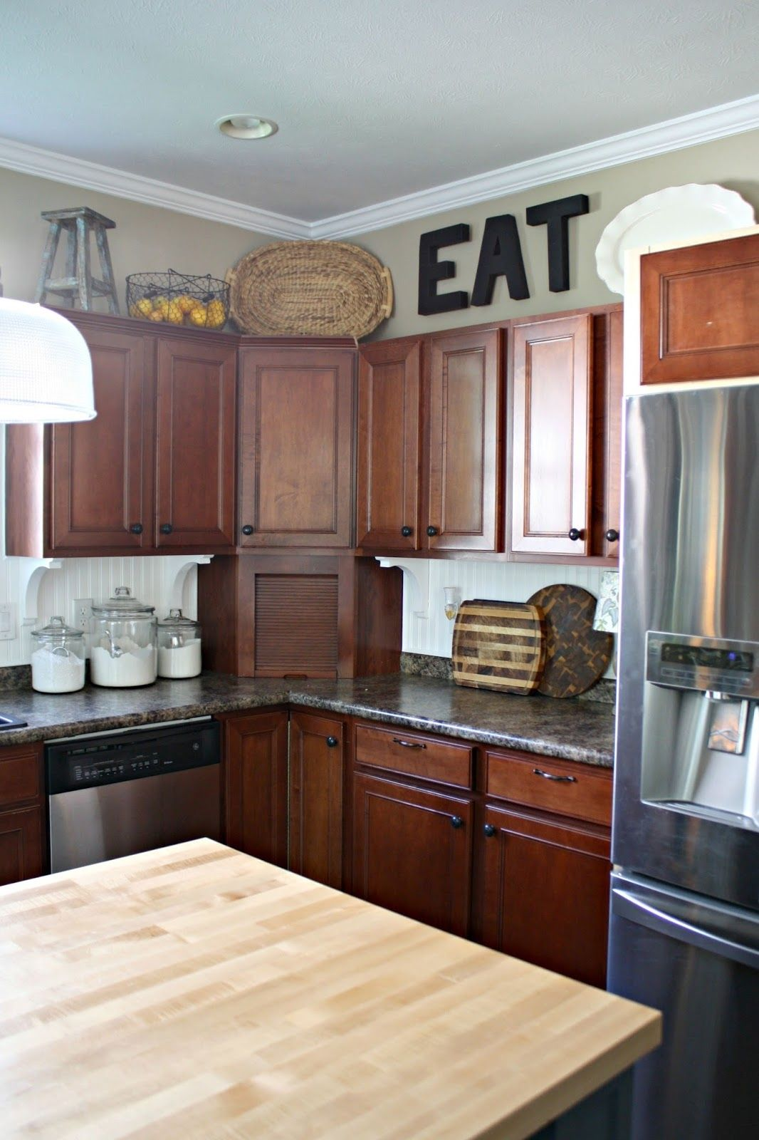 Kitchen Cabinets That Dont Go To The Ceiling Trendy Kitchen Tile Kitchen Cabinets Kitchen Renovation