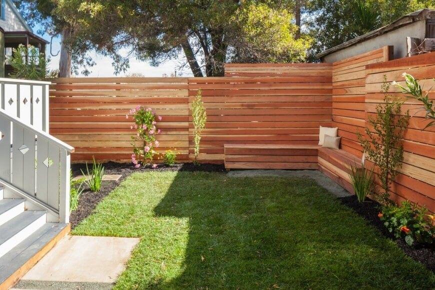 Eine Horizontale Lattenrost Privatsphare Zaun Aus Holz 91 Freie