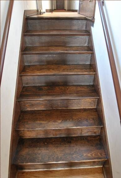Dark Stairs Basement Remodel In 2019 Escalera Casa