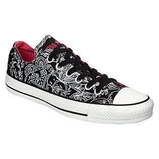 Womens Chuck Taylor All Star Oxford Shoe - Black Skulls