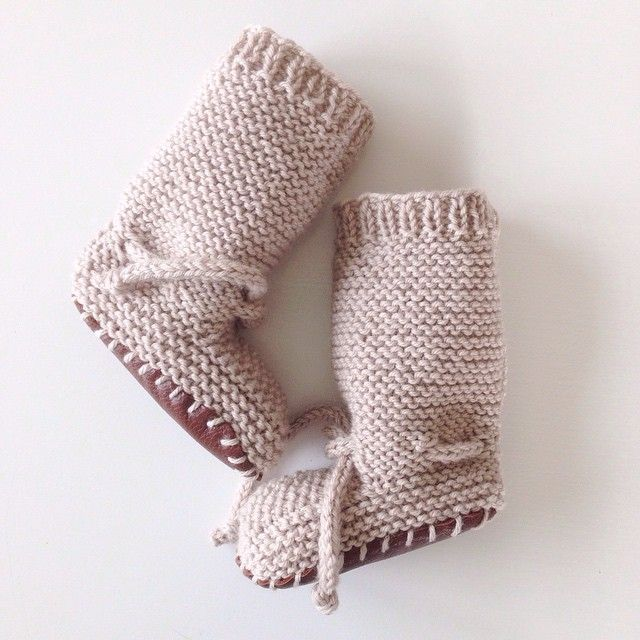 Knit booties with ties