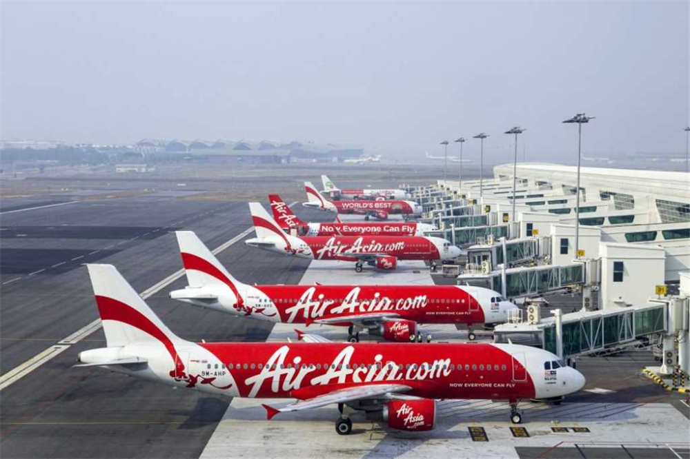 Airasia Indonesia To Resume Flights This Month In 2020 Air Asia Cancelled Flight International Flights