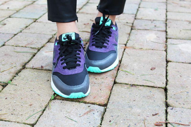 nike air max 1 essential black purple womens trainers