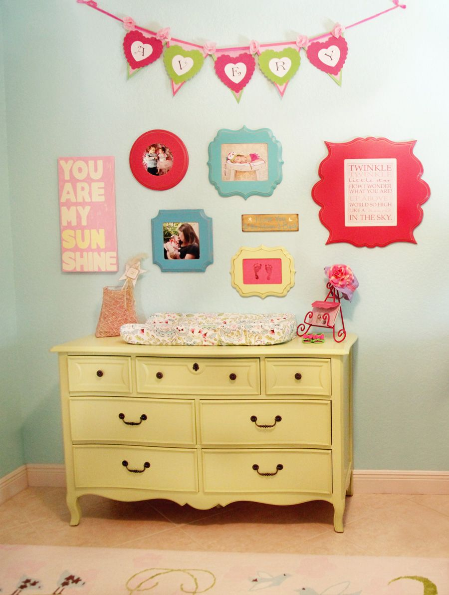 Decorating Walls with Photographs Wall Art Wednesday Feature Laura ...