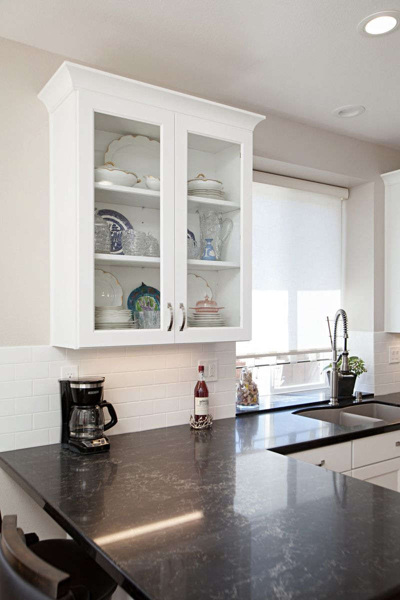 Beautiful Glass Front Cabinet Great Way To Decorate This Kitchen Kitchen Glass Front Cabinets Home Decor