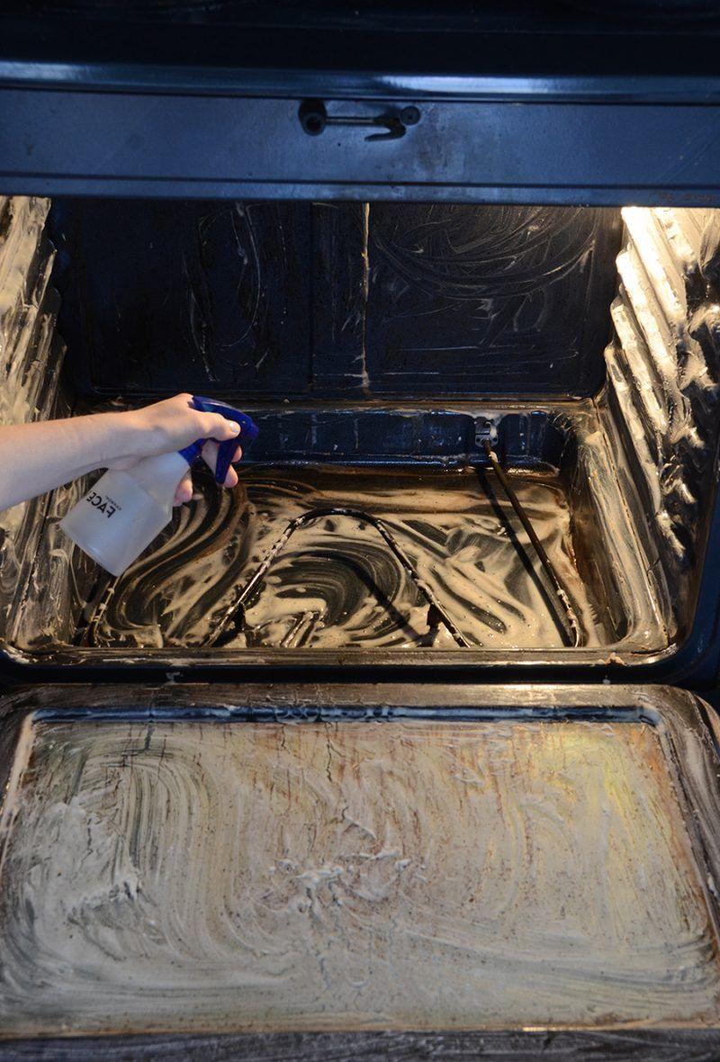 Backofen reinigen oder wie der Backofen wieder sauber wird ...