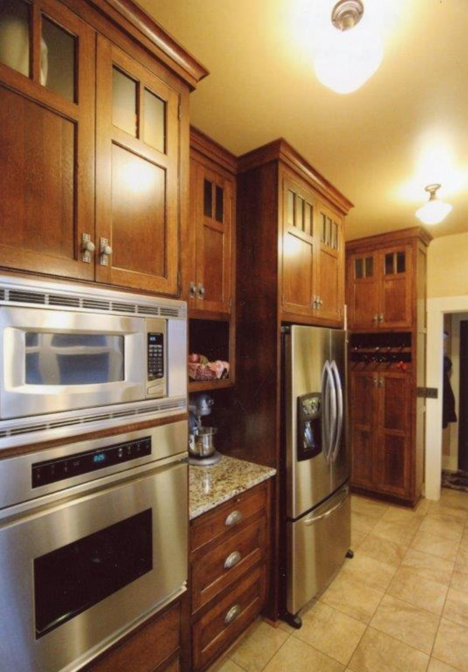 Craftsman Style Kitchen In 2020 Kitchen Cabinet Styles Craftsman Style Kitchen Craftsman Kitchen Cabinets