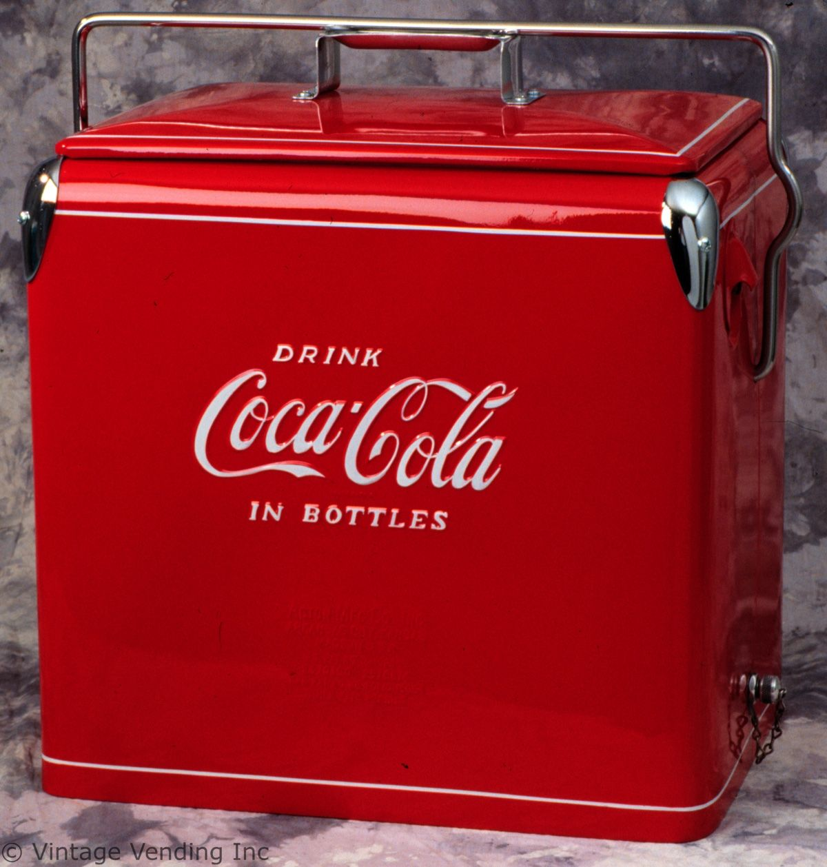 Image gallery old coke coolers for 1 door retro coke cooler
