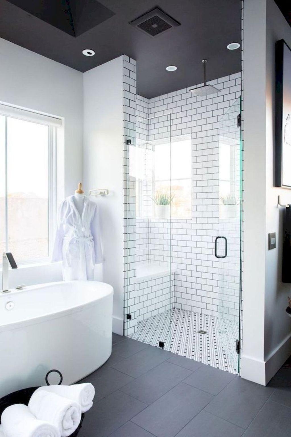 42 Perfect Shower Design Ideas To Remodel Your Bathroom Bathroomandshowerdesigns Farmhouse Master Bathroom Bathroom Remodel Master Small Master Bathroom