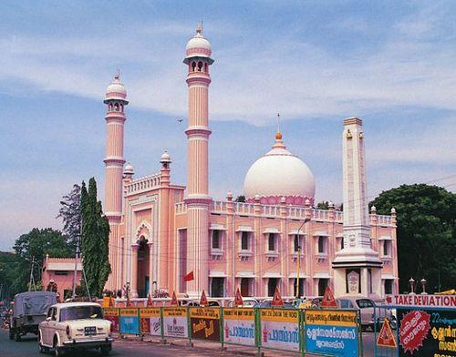 palayam juma masjid thiruvananthapuram - Google Search