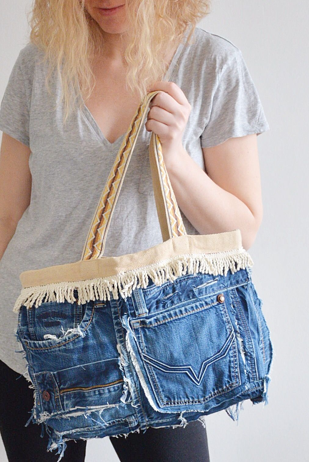 Pin by Riet on Spijker tassen en etc. Kussen | Denim tote