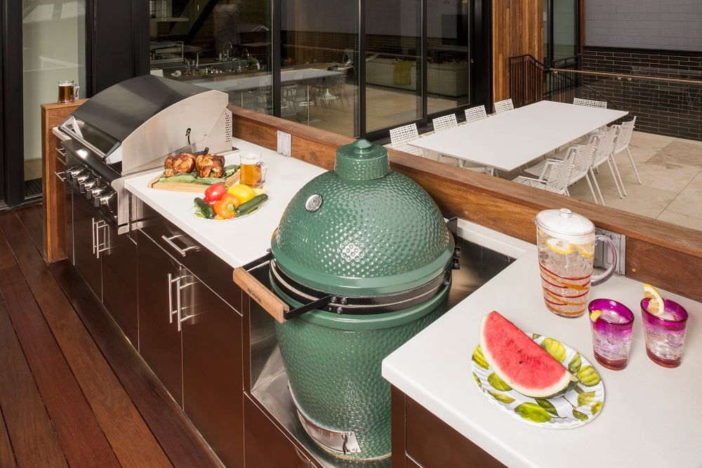 A Big Green Egg And Danver Stainless Outdoor Kitchen Make For A Dream Patio Http Www Knsales Com Cabinet Danver Store Kitchen Appliances Kitchen Dream Patio