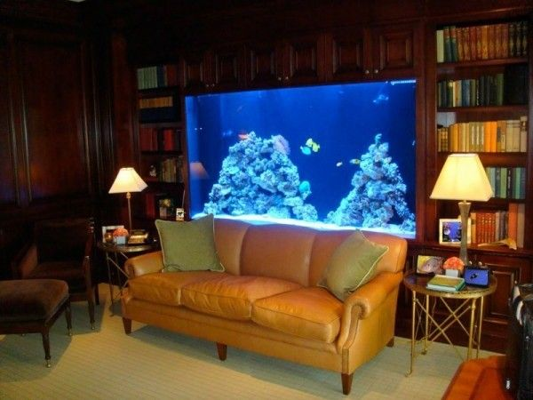 elegantes.wohnzimmer with a large aquarium with cabinet | http ...
