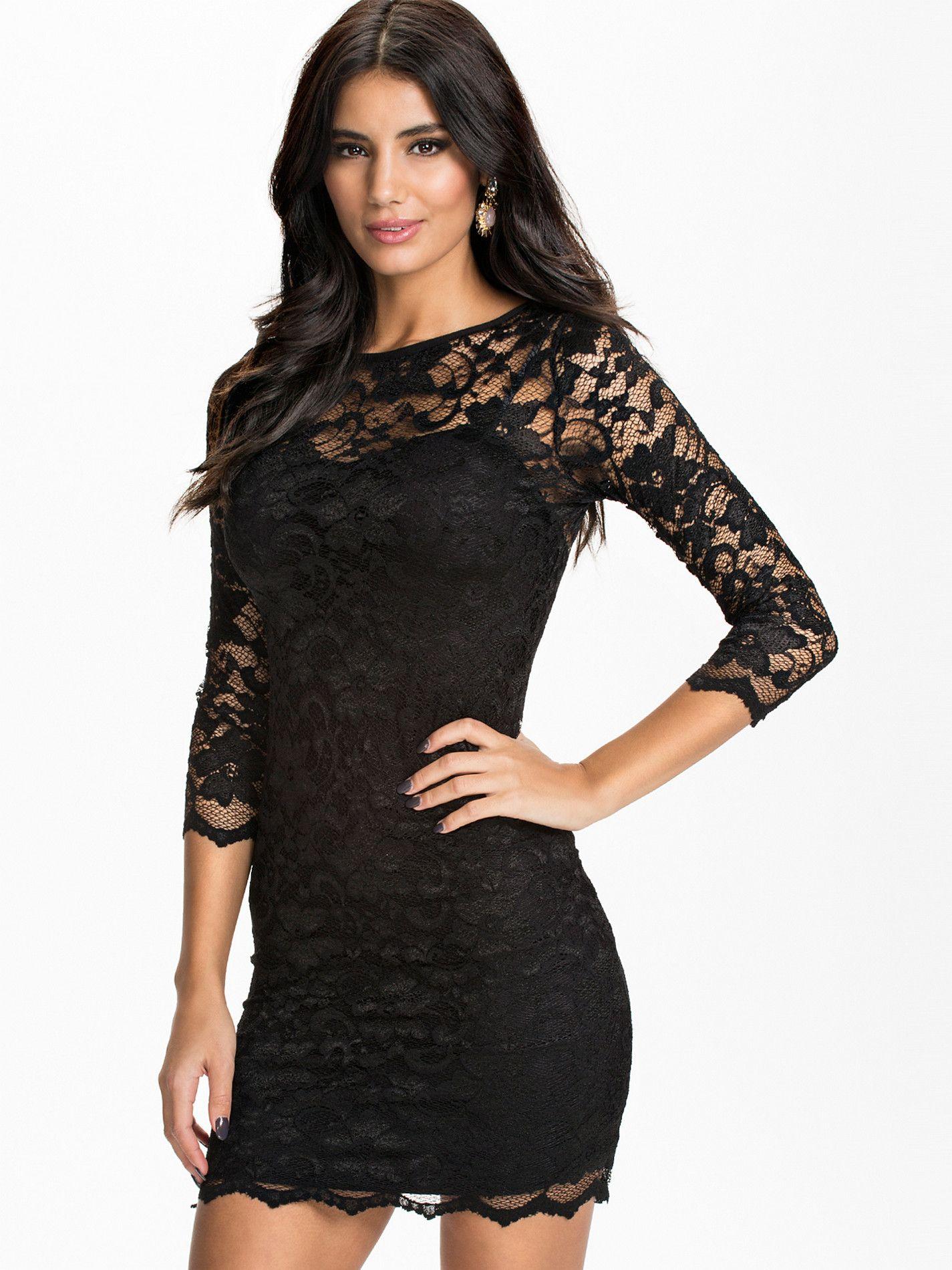 794ae1a6d35 robe noire dentelle pas cher. Plus de ROBES biens notées par les internautes  et pas cher ICI