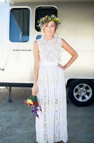 Diy Bohemian Picnic Wedding Mary Grace Drew Wedding Dresses Simple Boho Wedding Dress Wedding Dresses